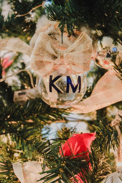 How To Make DIY Vinyl Monogram Ornaments