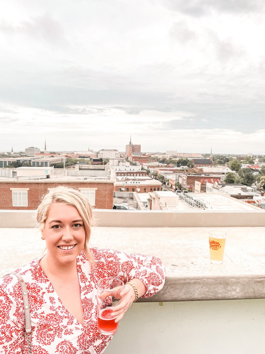 Pour Taproom Rooftop Bar